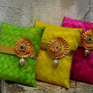 return gifts in mumbai
