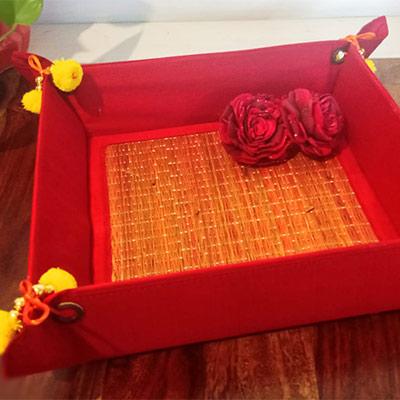 Handmade folding tray